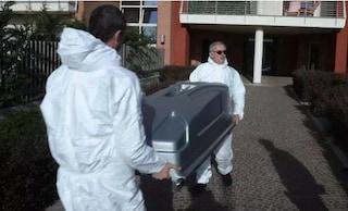 Ivrea, forte odore da un appartamento: trovato cadavere di un 54enne, morto da settimane