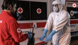 """Operatori Croce Rossa additati come untori e minacciati di licenziamento: """"Intollerabile"""""""