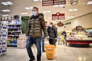 """Coronavirus, governo pensa di ridurre orari dei negozi alimentari: """"Necessario se non state a casa"""""""