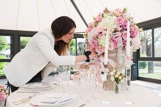 """Coronavirus, i consigli di Alessia, wedding planner: """"Sposi state tranquilli, si può rimandare"""""""