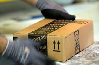 """Amazon firma protocollo con i sindacati, il ministro Orlando: """"Scelta importante per il settore"""""""