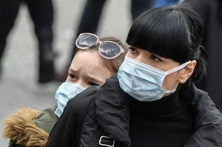 """L'Oms: """"Europa epicentro della pandemia, le mascherine eviteranno 266mila morti entro l'1 febbraio"""""""