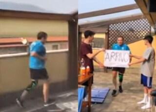 Coronavirus, runner percorre 21 chilometri di corsa sul terrazzo di casa