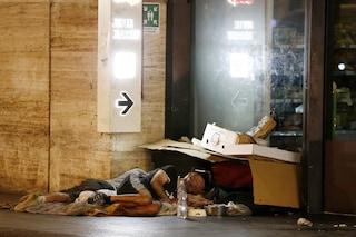 """Coronavirus, MSF: """"Prevenzione impossibile coi senzatetto in strada, vanno accolti"""""""