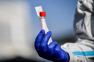 Piemonte, tamponi per il Coronavirus su 6mila tra medici e infermieri: contagiato il 13%