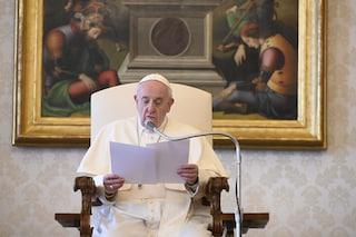"""Il videomessaggio di papa Francesco al Tg1: """"In Gesù risorto c'è la speranza che non delude mai"""""""