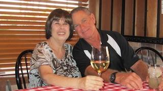 Sposati da oltre 50 anni, moglie e marito affetti da Covid-19 muoiono a qualche minuto di distanza