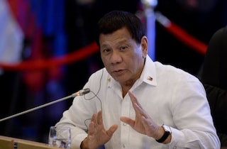 """""""Sparate a tutti"""": il pugno duro del presidente delle Filippine contro chi viola la quarantena"""