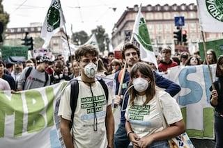 """Fridays For Future: """"La pandemia ci insegna che se vogliamo possiamo fermare la crisi climatica"""""""
