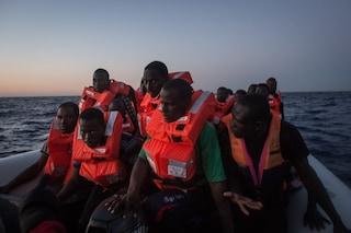 Migranti, altri 14 positivi a Pozzallo: si trovano già in isolamento e presto lasceranno la Sicilia