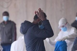 """A Porto Empedocle 28 migranti trovati positivi al Coronavirus, il sindaco: """"Situazione grave"""""""