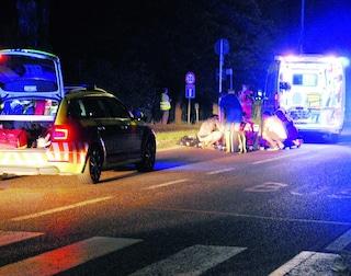 Trapani, cade mentre attraversa la strada: un'auto lo investe, muore a 53 anni