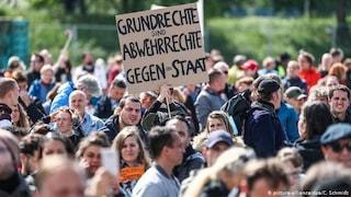 Germania, cresce il movimento anti-lockdown: oggi proteste in molte città