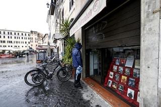 Sondaggio, secondo più della metà degli italiani bisognerebbe riaprire tutte le attività