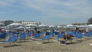 """In Emilia-Romagna si torna in spiaggia: """"Non tutti sono pronti, ma siamo ottimisti"""""""