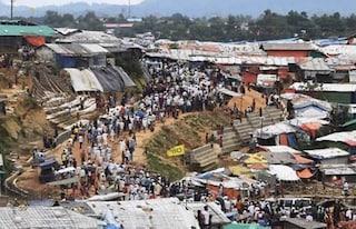 Il Coronavirus ha raggiunto il più grande campo profughi al mondo: ora si rischia una strage