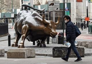 """L'economista Michael Hudson: """"Cancelliamo tutti i debiti, solo così potremo salvarci dalla crisi"""""""