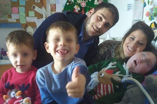 Emanuela con Jacopo e i suoi fratelli