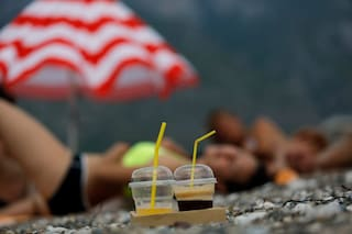 La Grecia riapre le spiagge da questo weekend ma tutto sarà diverso, ecco le nuove regole