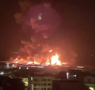 San Francisco, grande incendio a Fisherman's Wharf: distrutto il molo simbolo della città