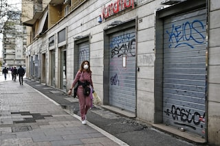 Sondaggi politici, la maggior parte degli italiani teme che si debba tornare al lockdown