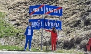 L'amore ai tempi del coronavirus: Ilaria e Nicolas si incontrano al confine tra Umbria e Marche