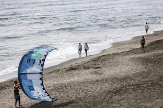 Dal 18 maggio riaprono gli stabilimenti balneari: come comportarsi in spiaggia quest'estate