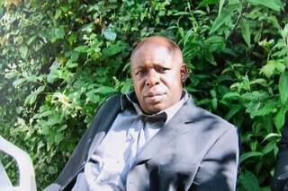 Un cliente affetto da coronavirus gli sputa in faccia: tassista muore a 61 anni