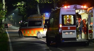 In due sul motorino contro un lampione: Vittoria muore a 14 anni. Gravissimo l'amico 16enne