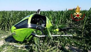 Venezia, elicottero per quota e si schianta al suolo: pilota si salva miracolosamente