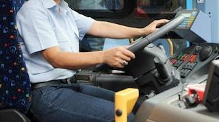 Foggia, autista trova portafogli con mille euro sull'autobus e lo restituisce al proprietario