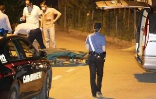 Modena, uomo ucciso a coltellate in strada dopo una lite. Arrestato l'assassino