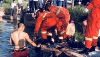 Dramma in Cina, si tuffano nel fiume per salvare l'amichetto in difficoltà: morti 8 bambini
