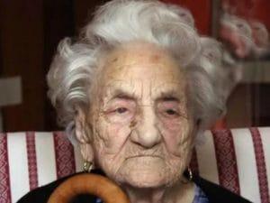 Morta a 112 anni Erminia Bianchini Defilippi: addio alla nonna d'Italia