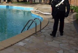 Antonij, morto a 3 anni e mezzo annegando in piscina a Cagliari: lunedì l'autopsia