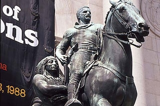 """La statua di Roosevelt sarà rimossa dal Museo di Storia naturale di New York: """"Simbolo di razzismo"""""""