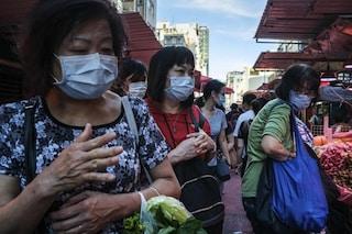 Coronavirus, Hong Kong: ospedali a rischio collasso, chiudono ristoranti e spiagge