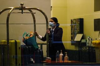 """""""Sesso in hotel con ospiti in quarantena"""": cosa c'è dietro il boom di contagi in Australia"""