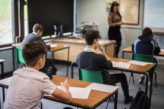 """Coronavirus, studio in Gran Bretagna: """"Scuole sicure, nessun insegnante contagiato da alunni"""""""