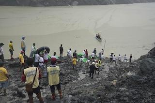 Frana Myanmar, i morti sono oltre 160: recuperati corpi che galleggiavano nel torrente di fango