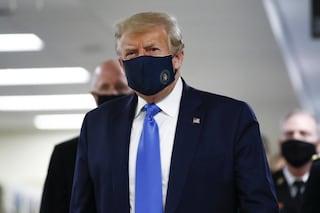 Allarme coronavirus alla Casa Bianca, positivo membro dello staff di Trump dopo focolaio tra 007