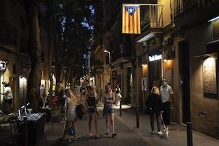 Seconda ondata coronavirus in Spagna: Uk la toglie dalla lista dei paesi sicuri