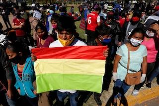 """Il Coronavirus accelera in America Latina, allarme in Perù e Bolivia: """"Niente bare né ossigeno"""""""