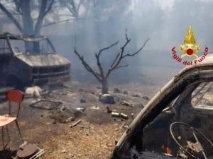 La macchia mediterranea di Uta devastata dalle fiamme