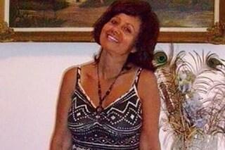 Tragedia a Torino, donna accoltella a morte la madre poi si suicida gettandosi dal nono piano