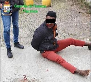"""Israel, vittima dei carabinieri di Piacenza: """"Mi picchiarono forte e mi dissero: spaccia per noi"""""""