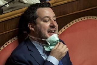 """Salvini rifiuta di mettere la mascherina a convegno sul Covid in Senato: """"Non ce l'ho, non la metto"""""""