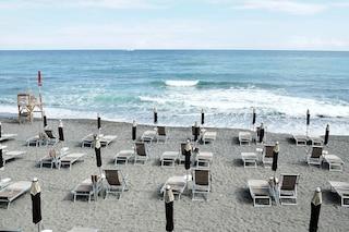 Il calendario della riapertura delle spiagge: quando inizia la stagione balneare in ogni Regione