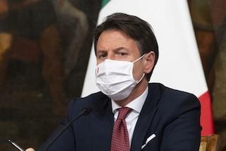 """L'annuncio di Conte: """"Il vaccino per il Coronavirus non deve essere obbligatorio"""""""