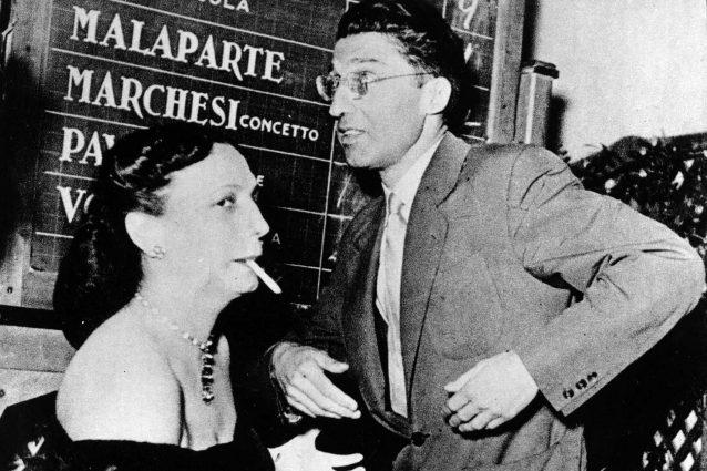 Cesare Pavese con Maria Bellonci alla serata finale del Premio Strega 1950